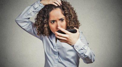 1 1 404x224 - روشهای مراقبت از موهای خشک در خانم ها